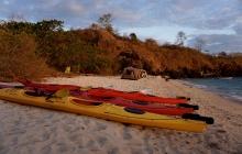 Pink Beach - Manta Point - Sebayor Kecil (B,L,D)